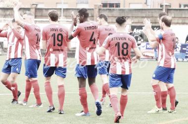 Los jugadores del primer equipo de L'Entregu esta temporad. Foto:: Diego Blanco, VAVEL.