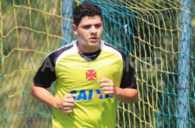 Com time misto, Vasco encara Volta Redonda e busca a liderança do Carioca