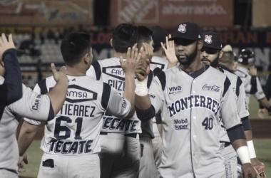 Octavo triunfo al hilo de los regios | Foto: Leones de Yucatán
