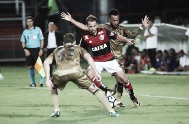 Flamengo domina Sport na Ilha do Urubu, volta a vencer e dorme no G-4 do Brasileiro