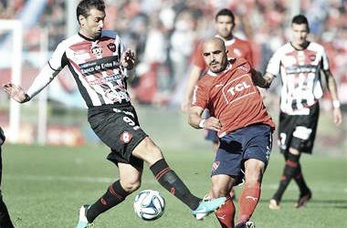 El Rojinegro no le ha podido ganar a Independiente en Primera División. Foto: La Nación.