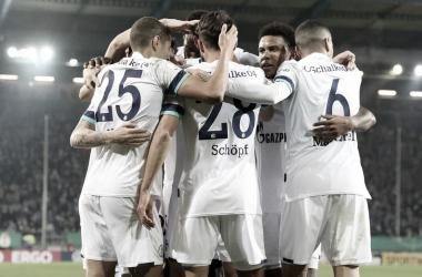 Schalke 04 Oficial / Divulgação