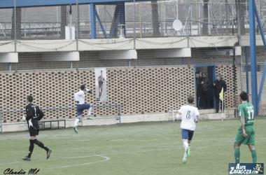 Xiscu celebra su gol ante el Belchite (Foto: Claudia Moreno | Aúpa Zaragoza).