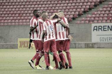 Náutico goleia Salgueiro e assume liderança provisória do Campeonato Pernambucano