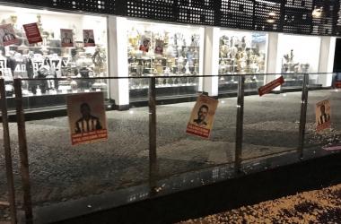 Sede do Atlético-MG amanhece com protestos contra atletas e diretoria