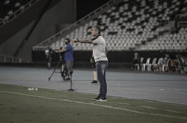 Após empate, Jorginho avalia atuação do Coritiba, cita questão emocional e critica uso do VAR