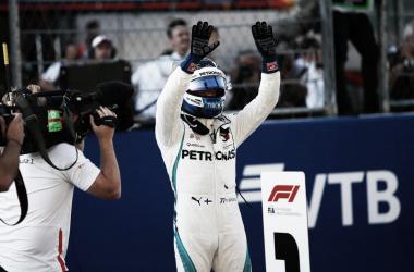 Bottas festeja la pole | Foto: Fórmula 1