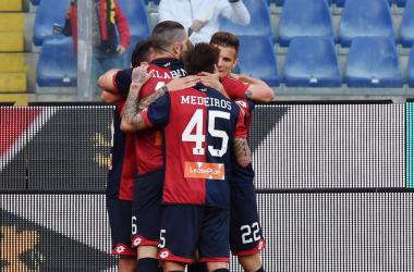 L'esultanza dei giocatori rossoblù dopo il gol vittoria di ieri, contro il Crotone. | Genoa CFC, Twitter.