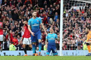 Premier League - Fellaini abbatte l'Arsenal di testa, ad Old Trafford vince il Manchester United (2-1)