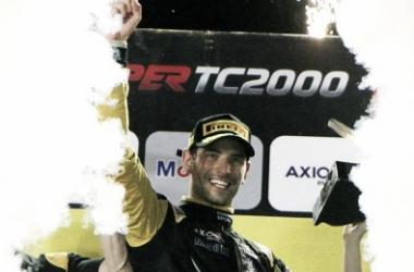 Ardusso festejando en el podio | Foto: Súper TC 2000