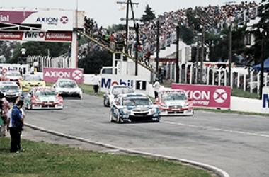 La vuelta previa de la competencia del año pasado | Foto: Súper TC 2000