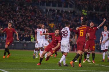 L'esultanza immediata di Manolas dopo il gol dell'1-0. | AS Roma, Twitter.
