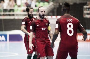 Ricardinho y Djo celebran un gol en la pasada Eurocopa| Foto: LNFS