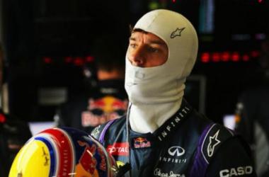 Webber profite des soucis de Vettel
