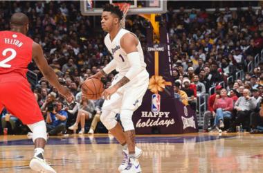 NBA - Il derby di Los Angeles è a tinte gialloviola. Trionfano i Lakers (111-102)