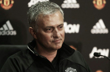 "Jose Mourinho: ""Va a ser muy difícil que Schweinsteiger juegue con el United"""