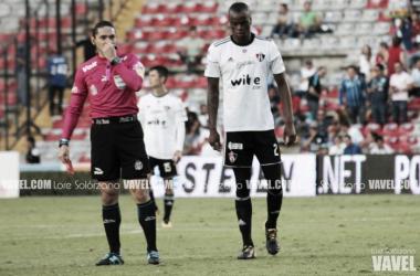 Barreiro fue expulsado al minuto 82 | Foto: Lore Solórzano / VAVEL