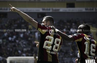 Valadéz anotó a pase de Amaral el único gol del partido | Foto: Fabián Meza / VAVEL