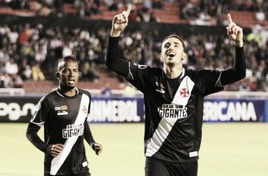 Thiago Galhardo se contradiz, revela aptidão para partidas e causa polêmica no Vasco