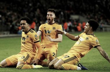 Wolves se llevó un triunfo inesperado de Wembley. Foto: Premier League.