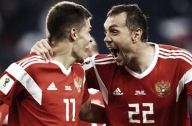 Russos conquistaram sua segunda vitória consecutiva (Foto: Divulgação/RFS)