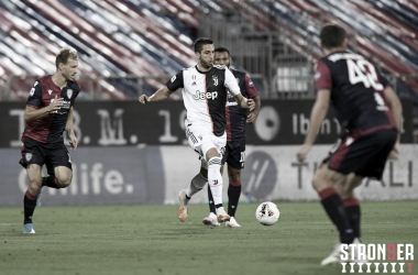 Faixa carimbada: campeã antecipada, Juventus é superada pelo Cagliari fora de casa