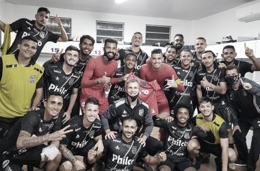 """Brigatti elogia Ponte Preta após vitória na Ressacada: """"Propôs jogo desde o início"""""""