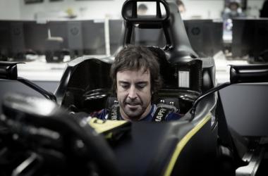 Bicampeão mundial de F1, Fernando Alonso testará carro da Renault em Barcelona