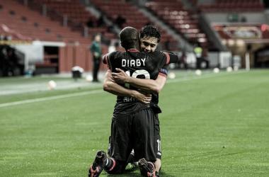 Com dois de Bellarabi e ataque inspirado, Bayer Leverkusen goleia Nice na estreia da Europa League