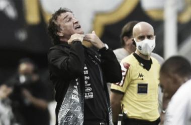 """Cuca testa contra Ceará variações de olho no Boca Juniors: """"Pensar no melhor"""""""
