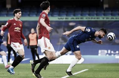 Giroud en una de las pocas ocasiones de gol | Foto: Chelsea