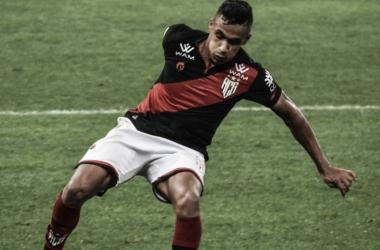 Arnaldo comemora vitória e já se prepara para encarar o São Paulo