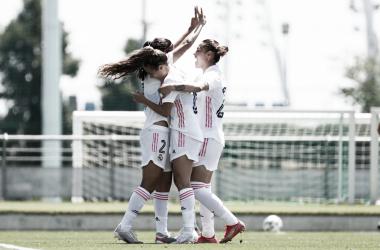 Las jugadoras blancas celebran el gol del tríunfo. Fuente: Real Madrid