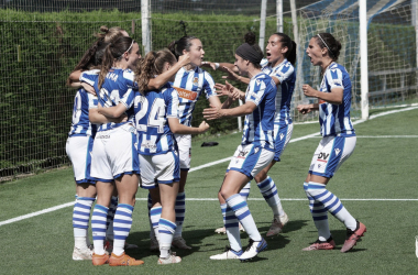 Las jugadoras de la Real celebran el tanto conseguido / Foto: Real Sociedad.