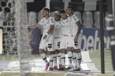 Tabu mantido! Santos bate Atlético-MG na Vila Belmiro e amplia vantagem no retrospecto