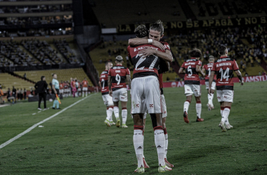 Flamengo vence Barcelona, e avança à final da Libertadores