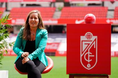 Patricia Rodríguez en el acto de presentación de Robert Moreno / Foto: Pepe Villoslada / Granada CF