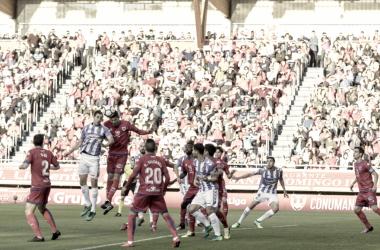 Kiko Olivas remata el balón que pone el 0-1 en Los Pajaritos / Foto: realvalladolid.es