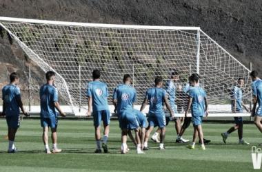 Ojeando al rival: CD Tenerife, duelo de rachas positivas