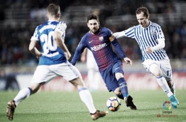 Zurutuza preionando a Messi. Foto: La Liga
