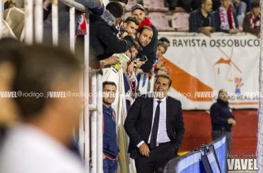 Sandoval en 2015 volviendo al estadio de Vallecas | Foto: Rodrigo j Torrellas
