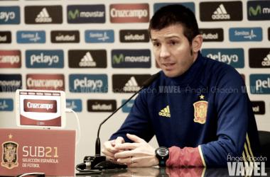 Albert Celades en rueda de prensa | Foto: Ángel Chacón - VAVEL