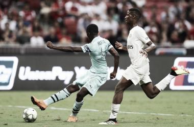 Chocolate! Arsenal atropela no segundo tempo e vence PSG pela Champions Cup