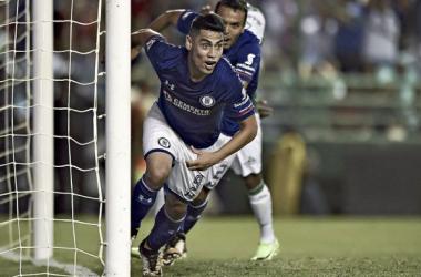 Como resultado de su regularidad terminó siendo el goleador azul | Foto:peloteroschile.cl