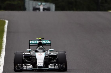 Rosberg takes pole as he bids to keep his Championship hopes aliveIMAGE CREDIT: www.guardian.com