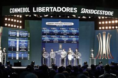 Sorteo de la Fase de Grupos de Copa Libertadores de América 2017 / www.conmebol.com