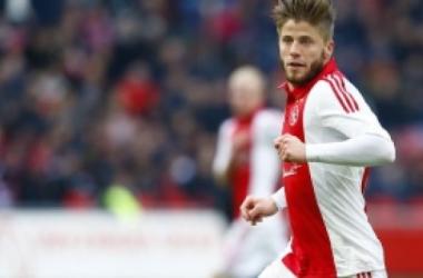 El Ajax negocia la continuidad de Schöne