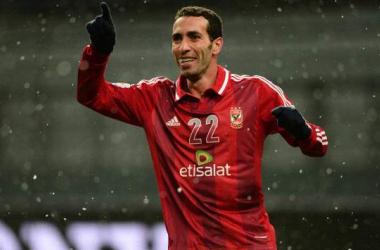 رسميا : أبو تريكة يجدد عقده مع الأهلي المصري
