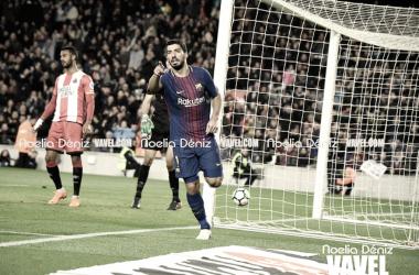 Un gol de Luis Suárez mete a Uruguay en octavos