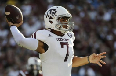 Kenny Hill and the Aggies are making moves. (Rainier Ehrhardt/AP)